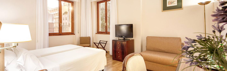 Camere hotel in stazione centrale milano hotel bristol 4 - Hotel con camere a tema milano ...